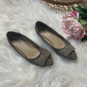 [taupe] Pointed Toe Bow Ballet Flats